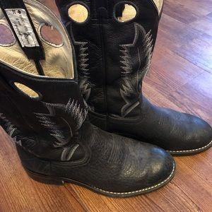 Black Round Toe Cowboy Boots